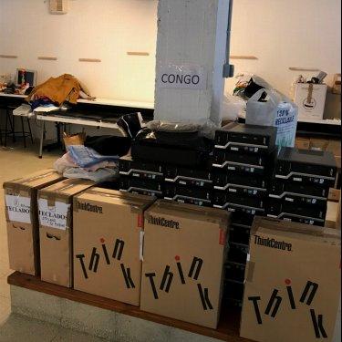 Donación de 34 ordenadores para el Congo