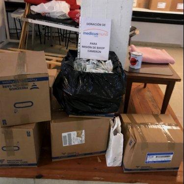Donación de material para la Misión de Bikop